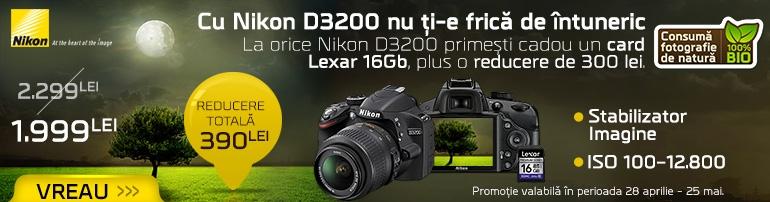 Promoție Nikon D3200