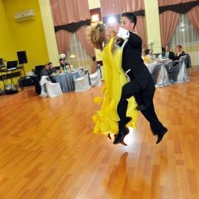 Dansez pentru tine...