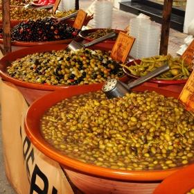 Masline in piata din Menorca