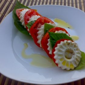 Salata Caprese