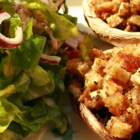Salata italieneasca si cosulete mediteraneene