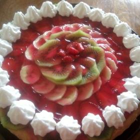 tarta cu capsuni si kiwi