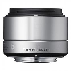Sigma 19mm F2.8 Dn Art Argintiu - Montura Micro Fo