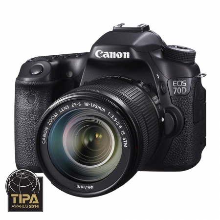 Canon EOS 70D Kit  EF-S 18-135 STM cu WiFi