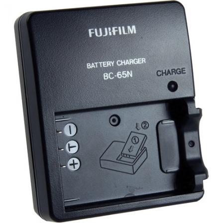 Fuji BC-65 - incarcator pentru NP-95
