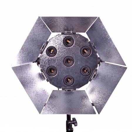 Kast Daylight 725 - lampa fluorescenta (7x25W)