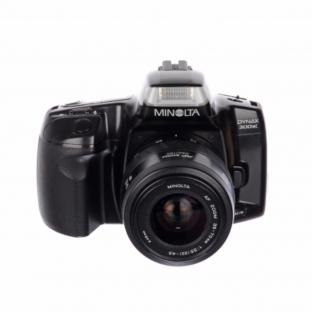 Minolta Dynax 300si + Minolta 35-70mm 3.5-4.5 SH125031016