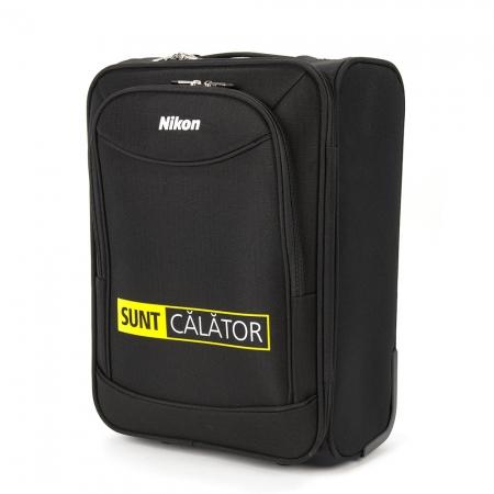 Nikon îți oferă echiparea completă de vacanță: un troler cadou pentru fiecare DSLR NIKON-Sunt-Calator-Troller-34710