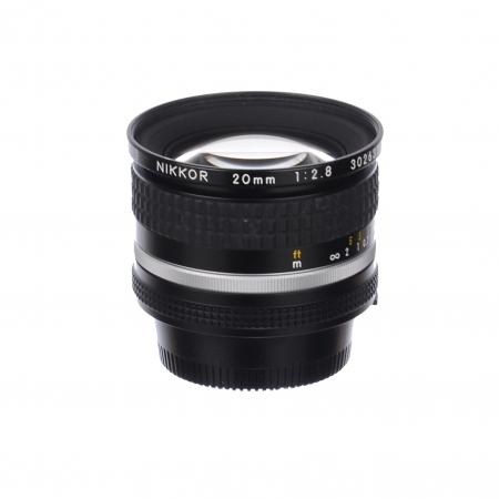 Nikon AI-s Nikkor 20mm f/2.8 SH125031082