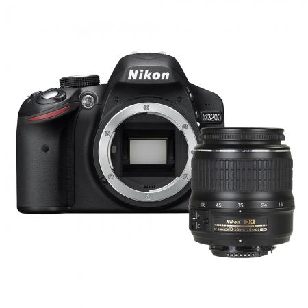 Nikon D3200 kit 18-55mm f/3.5-5.6G II AF-S DX