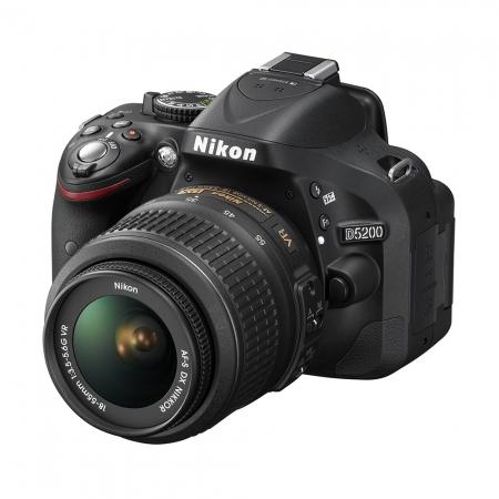 Nikon D5200 kit 18-55mm VR AF-s DX Negru - RS1053407