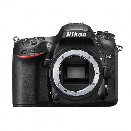 Nikon D7200 a apărut deja în oferta F64. Să vedem cine îl cumpără :)) Nikon-D7200-Body-40556-559