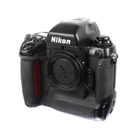 Nikon F5 body - SLR film - SH7351-2