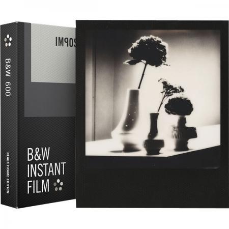 Impossible - Film B&W pentru Polaroid 600, Black Frame
