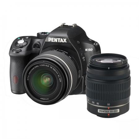 RESIGILAT Pentax K-50 Black + SMC DA 18-55mm F3.5-5.6 WR + SMC DA 50-200mm F4-5.6 WR RS125006001