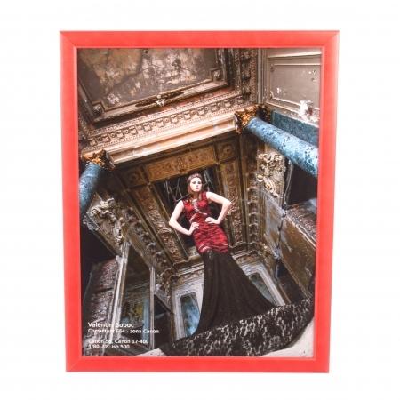 Rama foto lemn, 30x45cm, Rosu (margine ingusta)