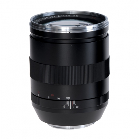 Resigilat Carl Zeiss Apo Sonnar T* 135mm F2 ZE RS1051589