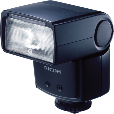 Ricoh GF-1 External TTL Flash