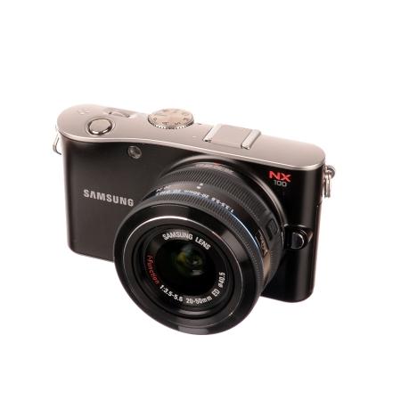 SH Samsung NX100 + Samsung 20-50mm f/3.5-5.6 SH125030754