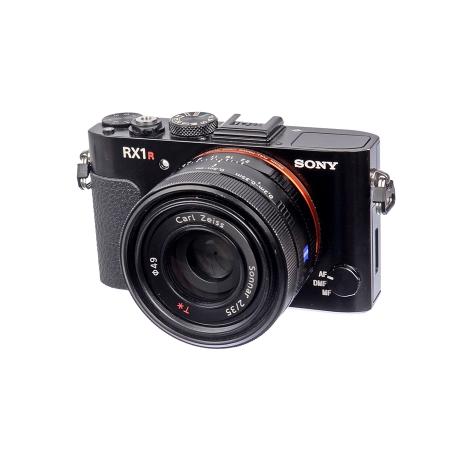SH Sony DSC-RX1R - 24 Mpx fara filtru AA, 35mm F2 Carl Zeiss Sonnar T*  - SH125034262