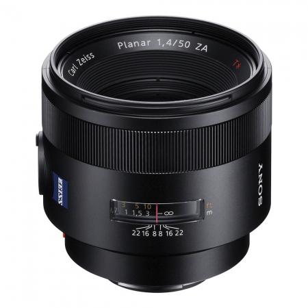 Sony 50mm f/1.4 Carl Zeiss Planar T* ZA SSM