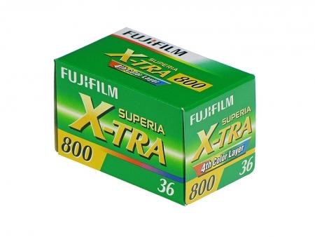 Fujifilm Fujicolor Superia X-TRA 800 - film negativ color ingust (ISO 800, 135-36)