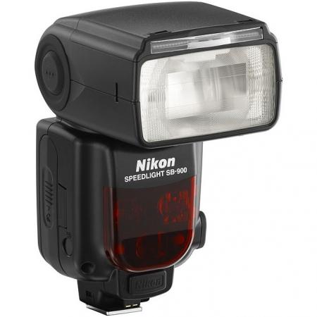 Nikon Speedlight SB-900 iTTL