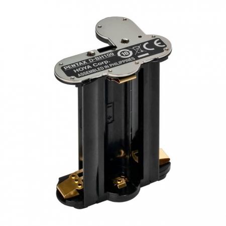 Pentax D-BH 109 - adaptor pentru baterii sau acumulatori R6 (AA)