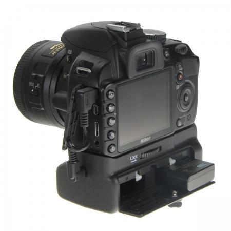 Ce parere aveti despre gripul pentru Nikon D3100? Powergrip-mk-d3100-grip-pentru-nikon-d3100-d3200-19074-5