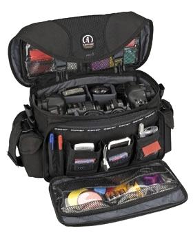 Cum alegem geanta foto pentru calatorie Tamrac-5608-r-pro-8-black-5174